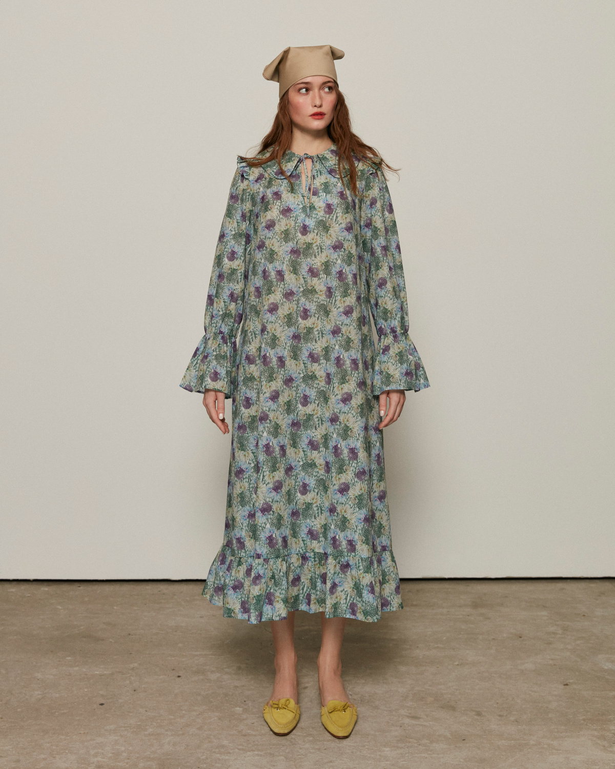 Oversize dress with a collar, Green, S