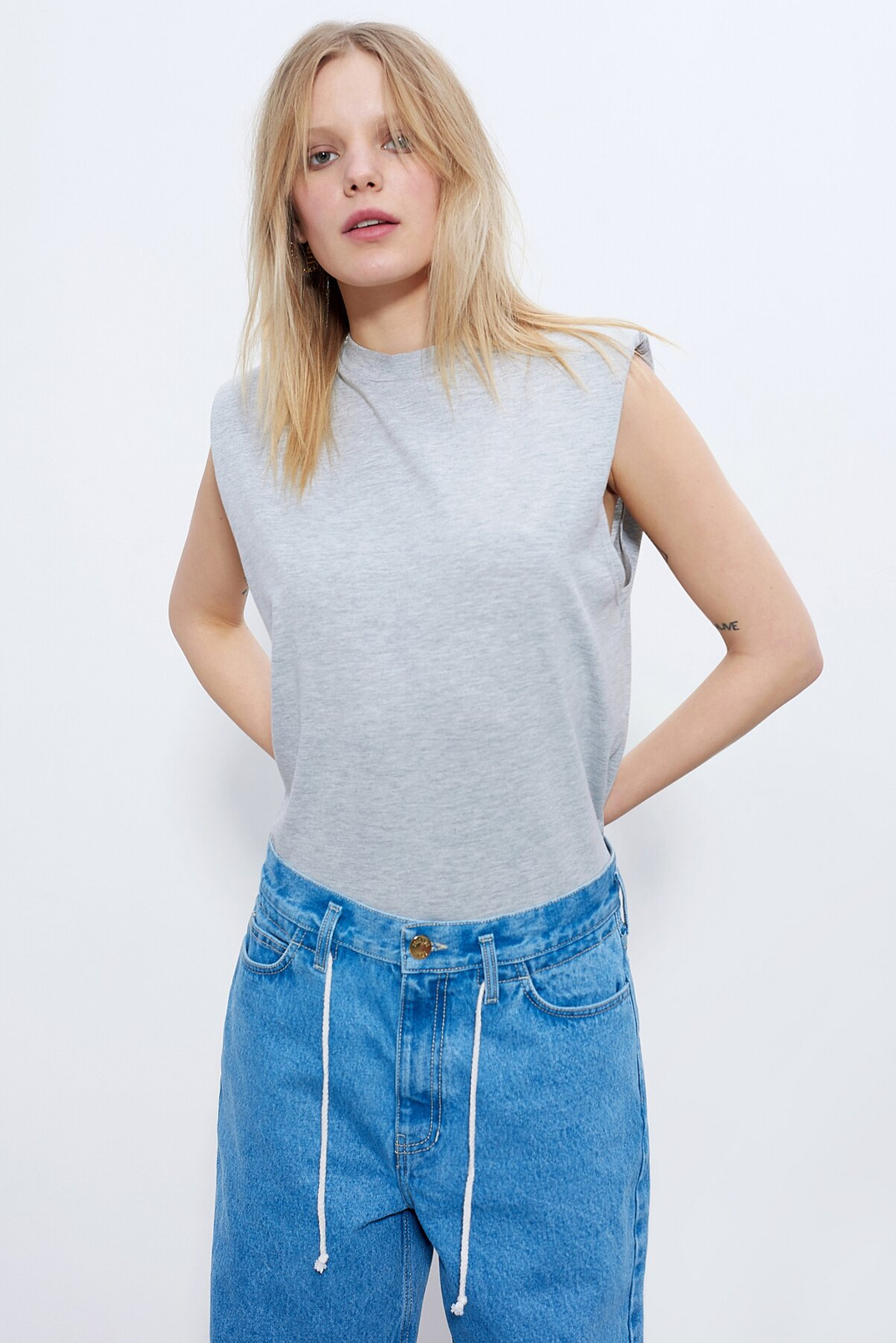Sleeveless T-shirt, Light gray, M
